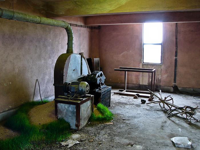Силозите на чирпанската мелница